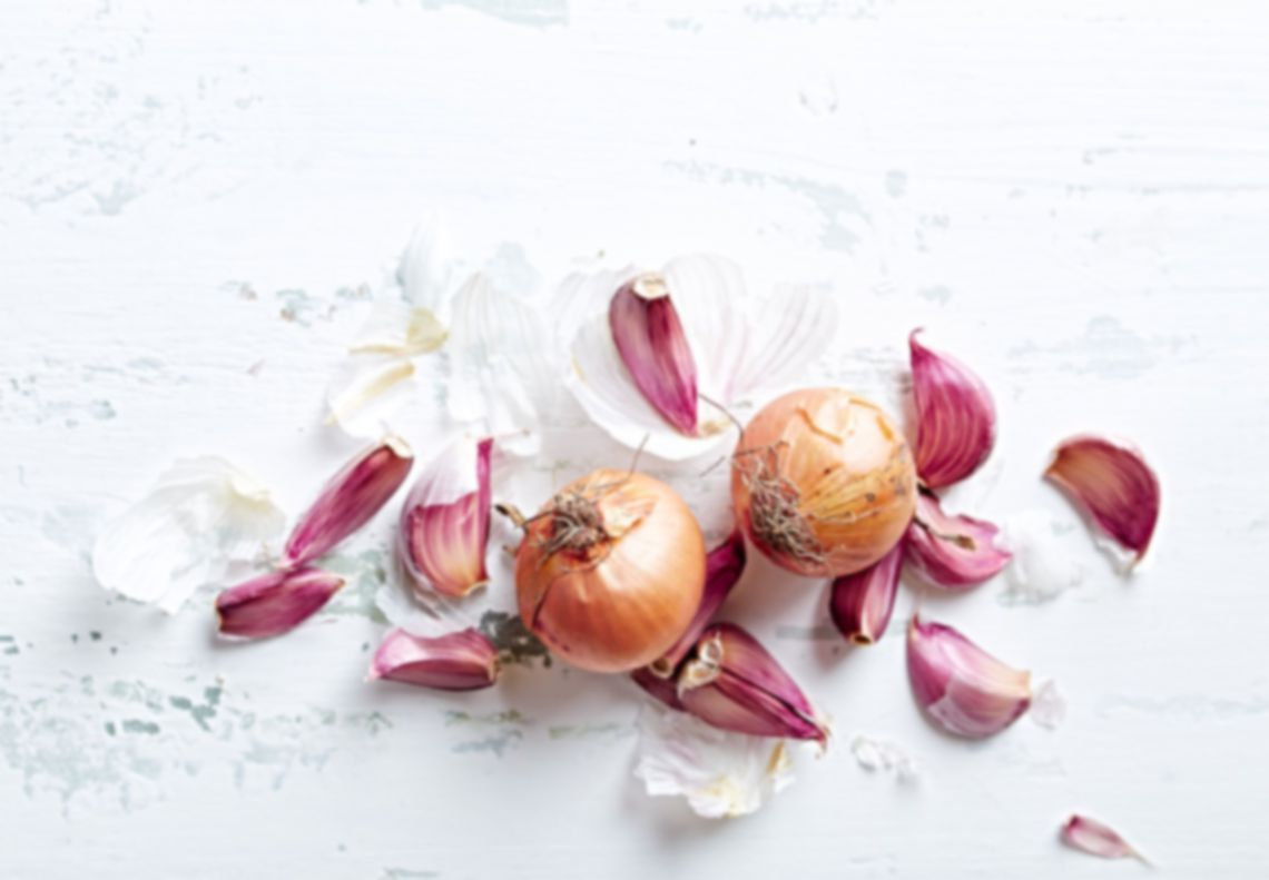 garlic-and_onions